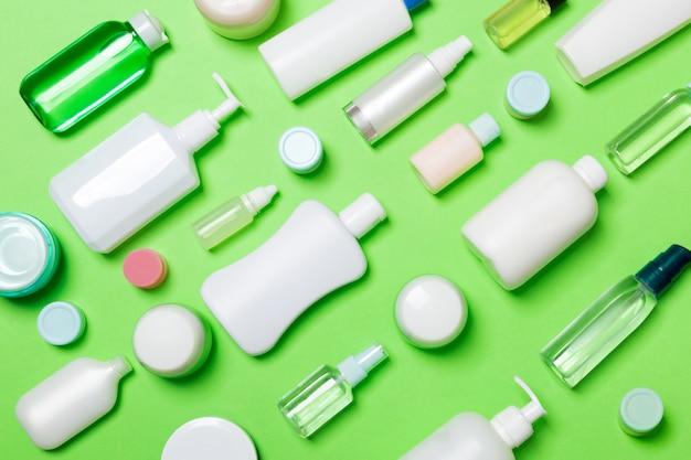 Flacons cosmétiques et conteneur pour cosmétiques