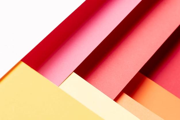 Flat lay couleurs chaudes motif gros plan
