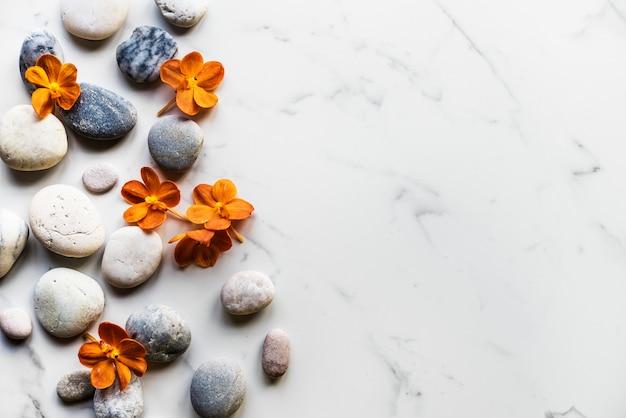 Fleur rock saine arôme équilibre tranquillité