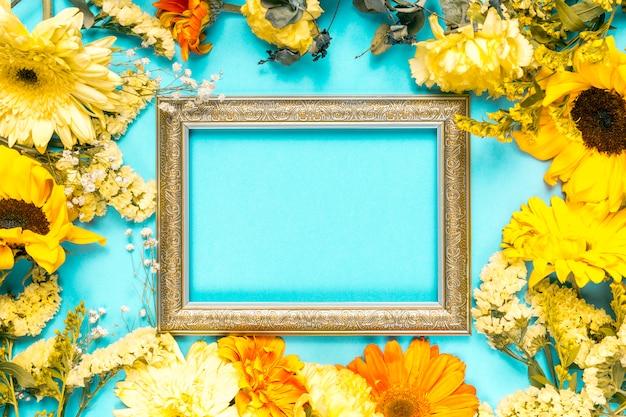 Fleurs et cadre