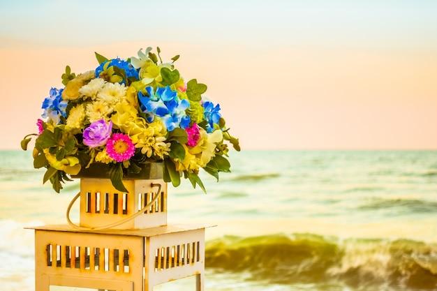 Fleurs chaises réglage célébration fleur