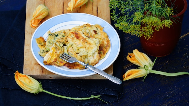 Fleurs de courgettes farcies frites - fiori di zucca fritti