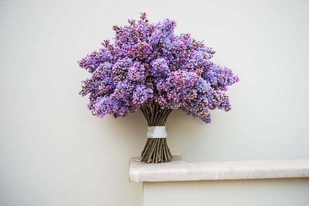 Fleurs de lilas dans un bouquet
