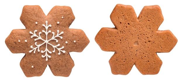 Flocon de neige en pain d'épice isolé sur blanc