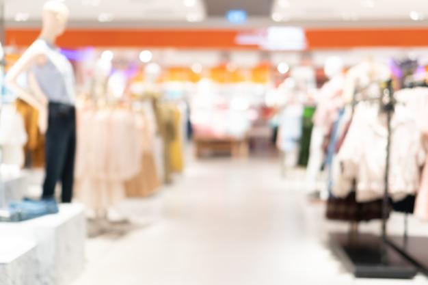 Flou abstrait et défocalisé dans l'intérieur du grand magasin pour le fond