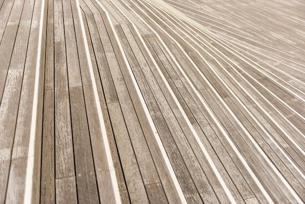 Fond abstrait d'escaliers en bois