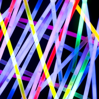 Fond abstrait lumineux néon