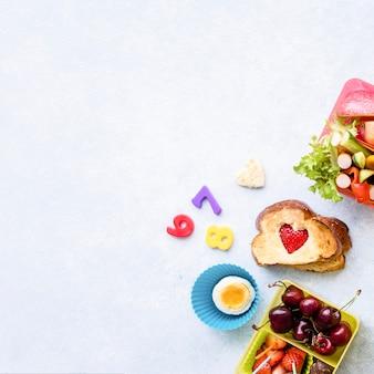 Fond d'aliments sains pour enfants, préparation de la boîte à lunch