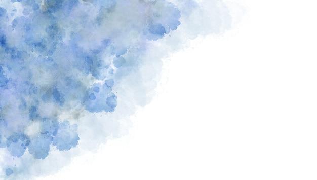 Fond aquarelle de couleur bleue, éclaboussures de couleurs pastel douces et taches avec une peinture à fond perdu dans des formes abstraites de nuages avec du papier