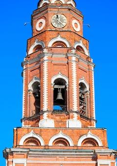 Fond d'architecture de la tour du temple orthodoxe hd