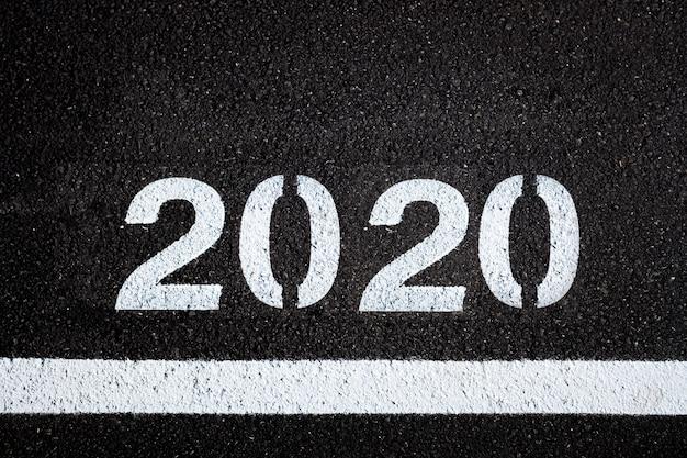 Fond d'asphalte avec de la peinture 2020