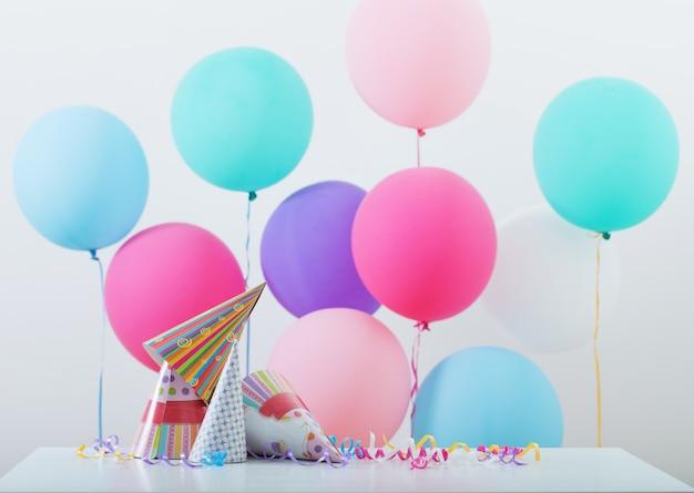 Fond de ballons pour anniversaire