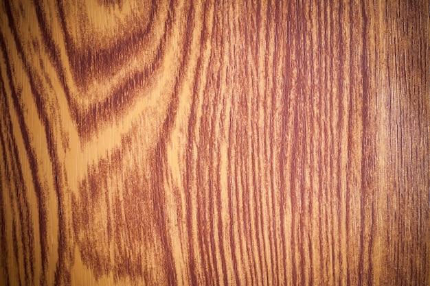 Fond de bois brun.