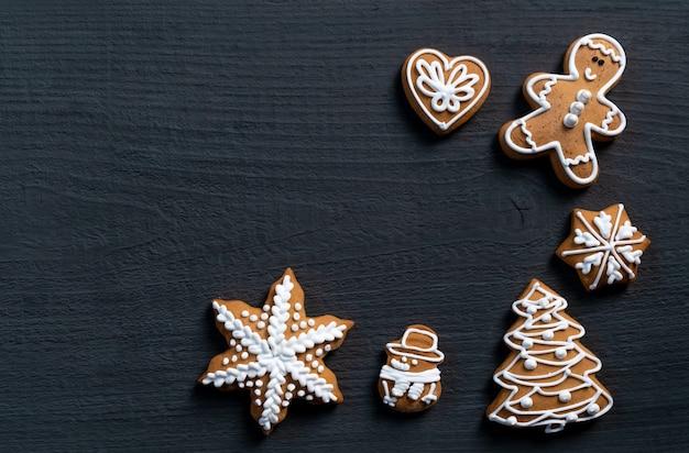 Fond de bois cadeau biscuit bleu