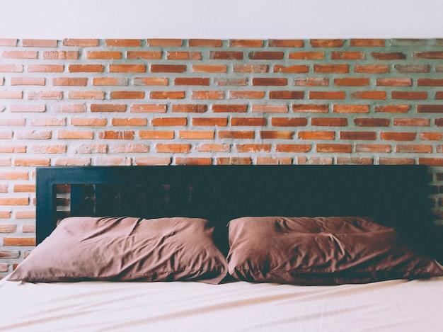 Fond de brique rouge chambre marron terre ton