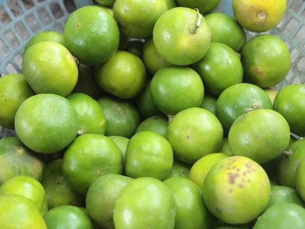 Fond de citrons frais et verts