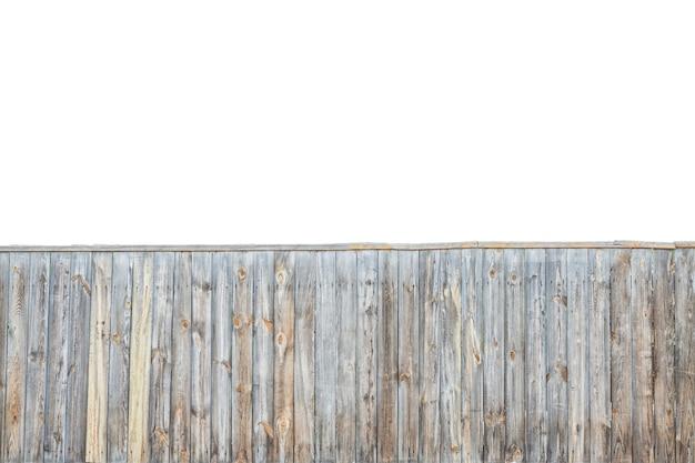 Fond de clôture en bois gris isolé sur fond blanc. concept de texture de clôture