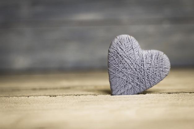 Fond avec coeur en bois, saint valentin