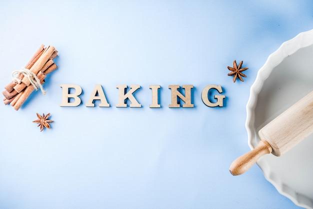 Fond de concept de cuisson à la cannelle et au rouleau à pâtisserie