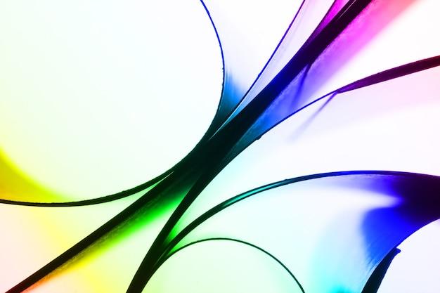Fond de courbes de papier coloré abstrait