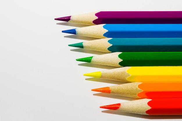 Fond de crayons de couleur, espace copie