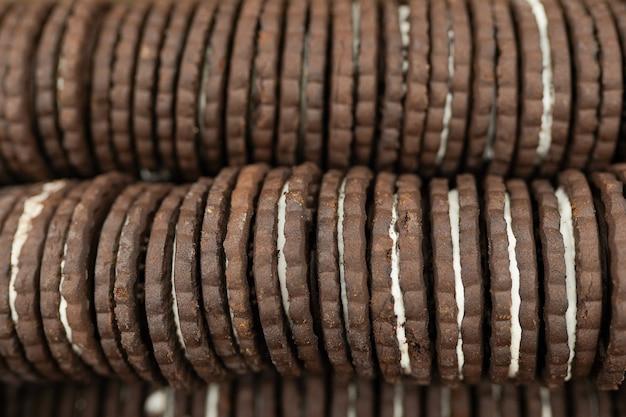 Fond d'écran de biscuits aux pépites de chocolat, biscuits dans la boîte au supermarché