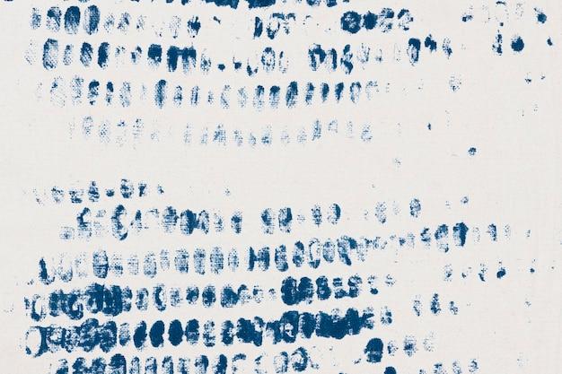 Fond estampé blanc avec des impressions de blocs de bricolage bleus