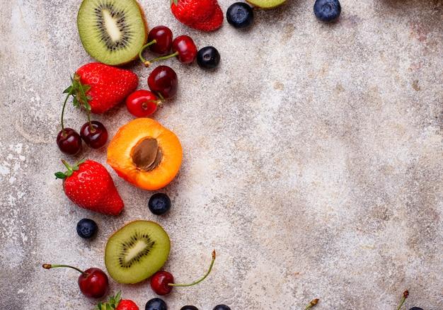 Fond d'été de fruits et de baies