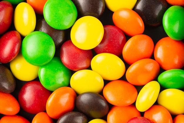 Fond fait de bonbons colorés, vue de dessus