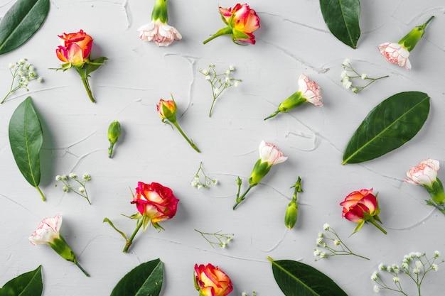 Fond de fleurs fraîches avec espace copie