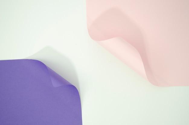 Fond de formes géométriques en papier courbé