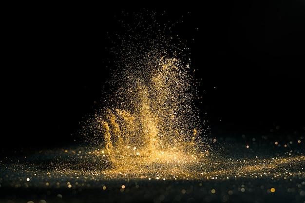 Fond de grunge de lumières scintillantes, or scintillant défocalisé abstraite twinkly gold lights background.