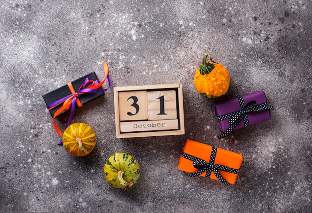 Fond d'halloween avec boîte-cadeau