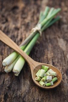Fond d'ingrédients à base de plantes pour créer un contenu sain