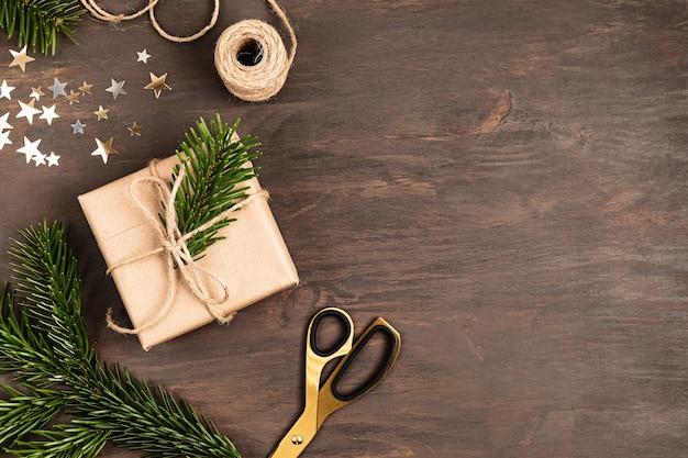 Fond de noël avec emballage de cadeaux
