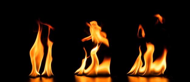Fond noir avec des flammes de dessins fantastiques