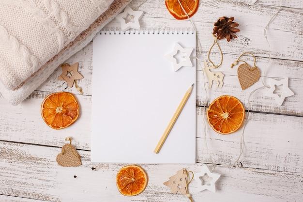 Fond de nouvel an liste de souhaits du nouvel an bloc-notes vide