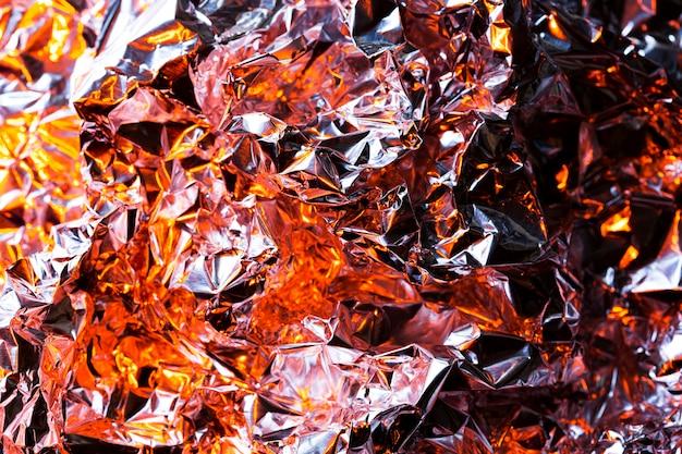Fond de papier d'aluminium marron froissé