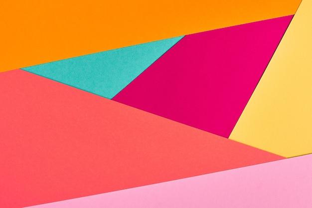 Fond de papier multicolore. texture de papier coloré abstrait, espace de copie. des couleurs vives pour une toile de fond géométrique de conception. blanc de couleur pour les présentations.