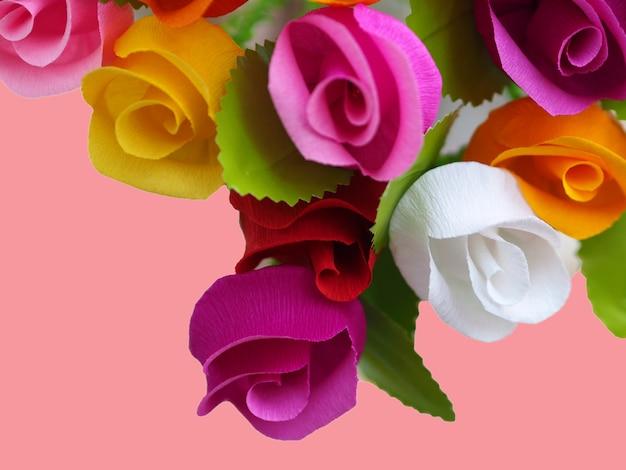 Fond de papier de roses colorées.