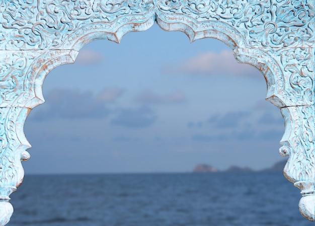 Fond de paysage marin fenêtre vintage