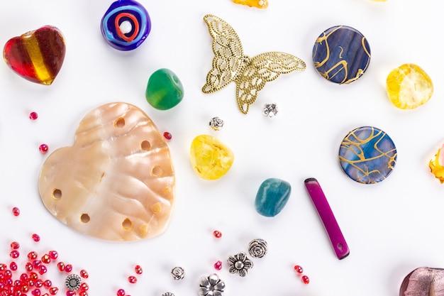Fond de perles en forme
