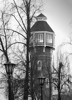 Fond de phare de la ville verticale hd