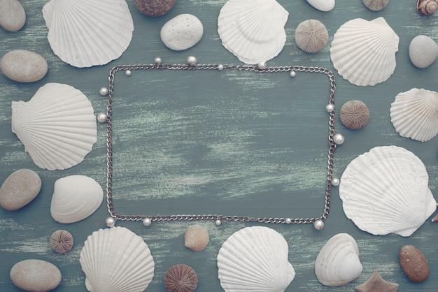 Fond de pierre coquille de mer rétro en bois naturel.