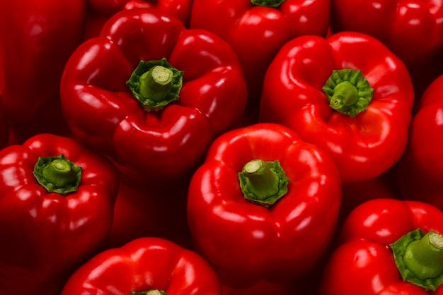 Fond de poivron rouge frais.
