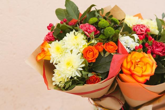 Fond de roses de couleurs vives