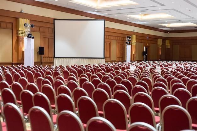 Fond de salle de conférence ou de séminaire vide. salle de réunion,