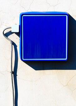 Fond de signe de rue vide bleu
