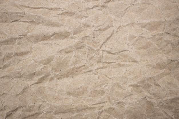 Fond de texture de papier brun froissé