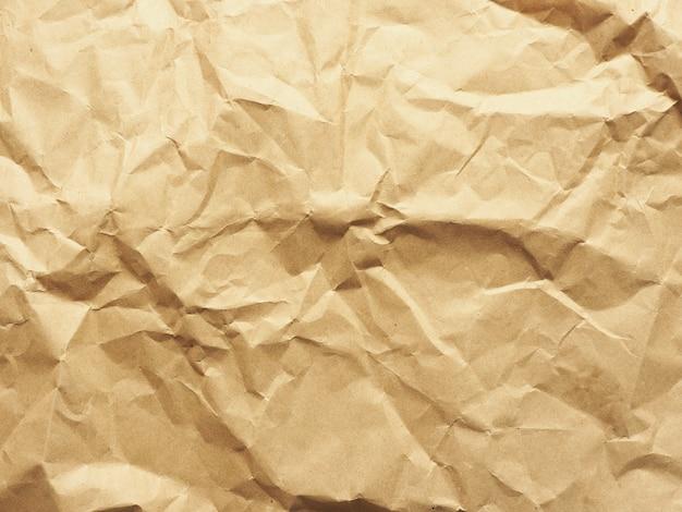 Fond et texture de papier kraft froissé.
